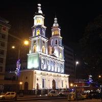 Foto tomada en Parque Santander por Adrian Cristian B. el 12/10/2013