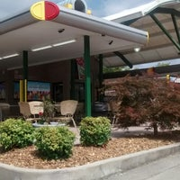 Photo taken at SONIC Drive In by Layla W. on 9/8/2014
