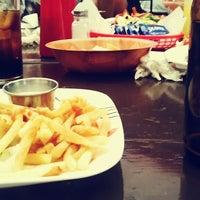 Foto tomada en Banana's Bar por Juan P. el 7/27/2014