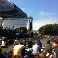 Photo taken at Symphony In the Park at Dolores Park by Yves B. on 7/21/2013