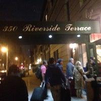 Снимок сделан в Riverside Terrace пользователем Andrea 4/13/2014