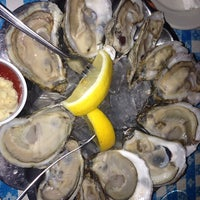 Photo taken at Tom's Oyster Bar by Toshi ⚾. on 3/27/2014