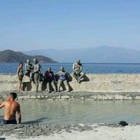 Photo taken at Dalyan çamur banyosu ve kaplıcaları by Ayşe Gökçe İ. on 8/15/2017