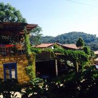 7/25/2015 tarihinde Nida&Asil A.ziyaretçi tarafından Yeşilyurt Köy Kahvesi'de çekilen fotoğraf