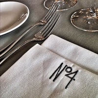 11/21/2012 tarihinde Pelin I.ziyaretçi tarafından No4 Restaurant • Bar • Lounge'de çekilen fotoğraf