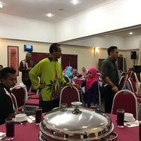 Photo taken at Hotel UiTM Dungun by Adnan A. on 11/22/2016