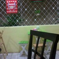 Photo taken at มูเธียร่าห์ อาหารตามสั่ง by Amin M. on 11/5/2012