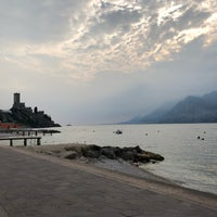 Photo taken at Beach Malcesine by Tom on 10/8/2018