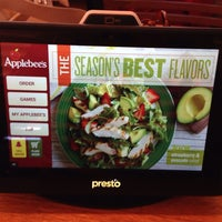 Photo taken at Applebee's by Leandro T. on 6/20/2014