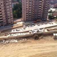 Photo taken at Kent Konut 5.Etap Şantiyesi by Okinoksi on 7/13/2014