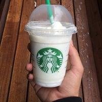 Foto tomada en Starbucks por Lucho M. el 11/6/2014