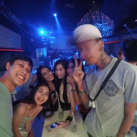 Photo taken at FabriQue & Bar Rouge (แฟบบริค) by EyE-noii🎈 on 4/22/2015