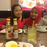 Photo taken at Oorchid Bistro by Athirah Z. on 9/9/2017