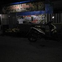 Photo taken at Kelapa Moeda by Ismi A. on 7/9/2014
