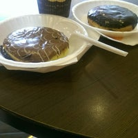 Foto scattata a Mad Over Donuts da Shrushti D. il 6/11/2014