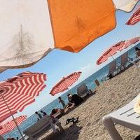 Photo taken at İğneada Plajı by 𝓸𝓴𝓽𝓪𝔂 ş. on 8/5/2018
