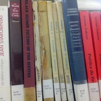 Photo taken at Biblioteca Central Prof. Alpheu da Veiga Jardim (BC) by Gustavo P. on 9/25/2014