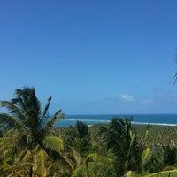 Foto tirada no(a) Mirante da Praia do Gunga por Marlos C. em 2/25/2013