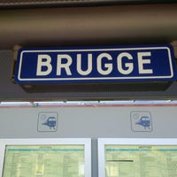 11/13/2015 tarihinde cemal e.ziyaretçi tarafından Station Brugge'de çekilen fotoğraf