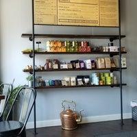 Foto tomada en Oromo Cafe por Kevin Tyler B. el 7/13/2018