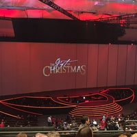 Photo taken at The Gift Of Christmas by Lorrie T. on 12/12/2016