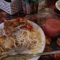 Photo taken at Pimenta Restaurantes 1 by Manassés F. on 4/24/2014
