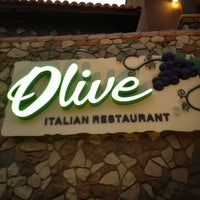 Foto tomada en Olive Italian Restaurant por Donny B. el 4/7/2014