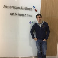 Foto tirada no(a) American Airlines Admirals Club por gera f. em 11/13/2017