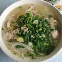 Photo taken at Yeng Kee Noodle House by Janell A. on 3/1/2016