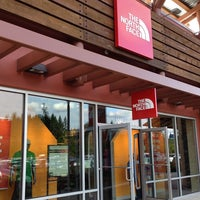 Photo taken at The North Face Outlet by Leonard M. on 6/22/2013