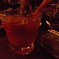 Foto tirada no(a) Hisako Restaurante Japonês por Bárbara R. em 6/7/2014