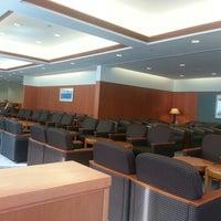 Photo taken at Japan Airlines Sakura Lounge by David H. on 12/16/2012