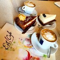 Снимок сделан в Est!Cafe пользователем Юлия ❤️ К. 4/24/2015