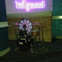 Снимок сделан в Bollywood Lounge пользователем Vik N. 5/9/2014