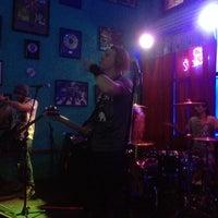 Foto tomada en Bar El Cuartel por Grace G. el 8/14/2015