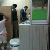 Photo taken at Depot Bakmi Surabaya- Kompas Indah Estate by Yohanes H. on 8/14/2013