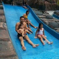 Photo taken at Water Park Top 100 by L.B. HaMoNaNGaN R. on 7/2/2014