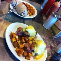 Photo taken at Cimona Cafe by Miz778 on 4/27/2013