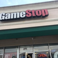 Photo taken at GameStop by Carlos R. on 8/2/2017