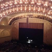 Снимок сделан в Auditorium Theatre пользователем Robert M. 5/10/2013