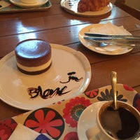 Photo taken at Blanc Café by محمدرضا on 8/27/2016