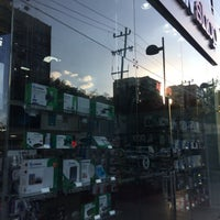Photo taken at Steren Shop Paseo de las Palmas by Conan R. on 3/22/2017