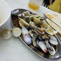 Photo taken at Restoran Double D 易啲美食中心 by Saravanan S. on 3/4/2017