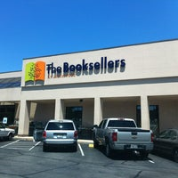 Photo taken at The Booksellers at Laurelwood by Gavin A. on 8/15/2013