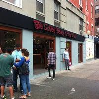 Photo taken at The Coffee Bean & Tea Leaf by Ryan O. on 5/18/2013