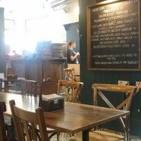 Photo prise au Homeslice Pizza par Gorka G. le4/27/2018