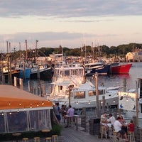Photo taken at West Lake Clam & Chowder House by Matt H. on 8/9/2014