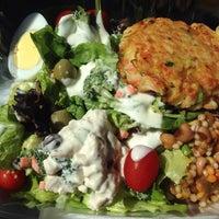 Photo taken at SEA FOOD fresh salad bar & fried fish and shrimp by Sarah C. on 8/15/2014