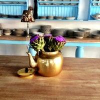 6/1/2013 tarihinde Pelin E.ziyaretçi tarafından Dutlu Kahve'de çekilen fotoğraf