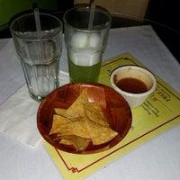 Foto tirada no(a) El Nuevo Amanecer Restaurant por Nick L. em 12/19/2014